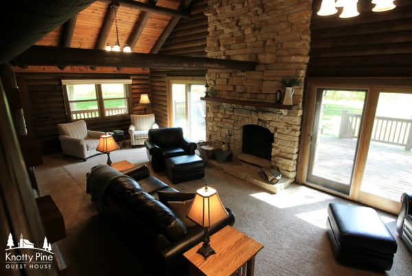 Knotty Pine Cabin Decorah