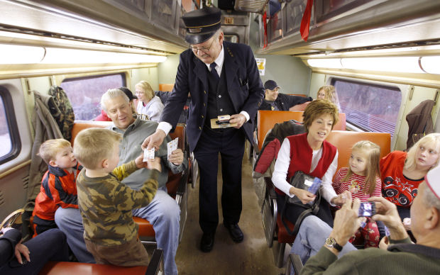 The Snowflake Express brings holiday cheer to the Cedar Valley