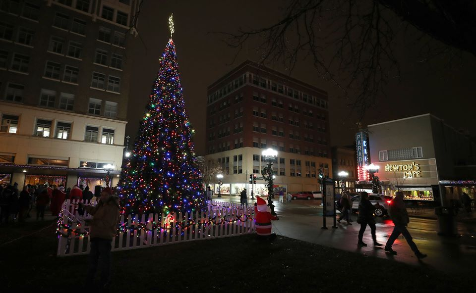 30+ things to do this December in Cedar Valley